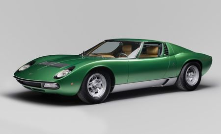 Green Envy: Gorgeous 1971 Lamborghini Miura SV Fully Restored for Amelia Concours