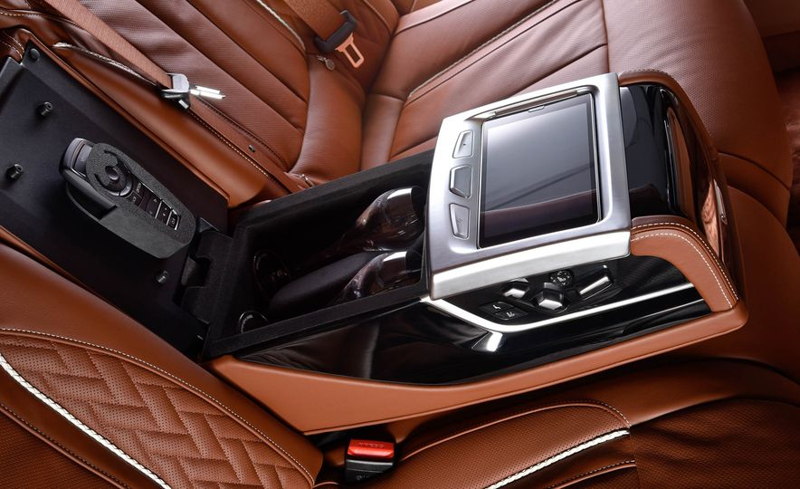 BMW 750Li xDrive Solitaire Edition - Slide 13