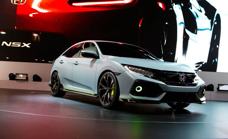 2017 Honda Civic Hatchback Prototype - Slide 19