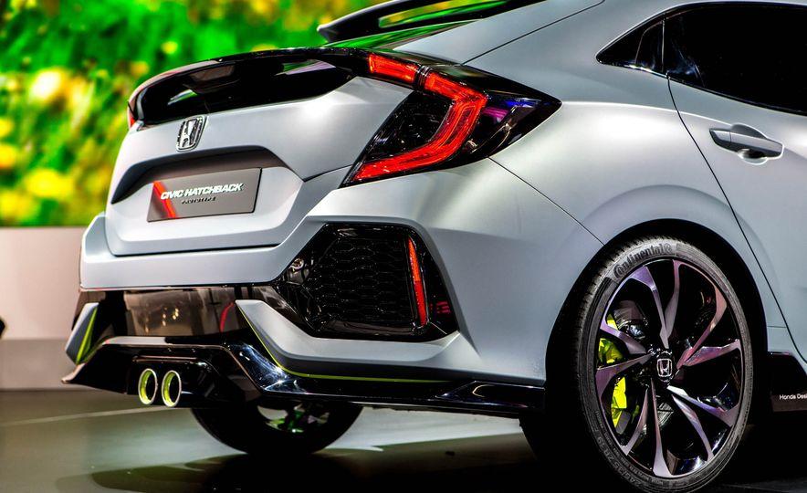 2017 Honda Civic Hatchback Prototype - Slide 24