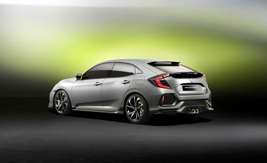 2017 Honda Civic Hatchback Prototype - Slide 28