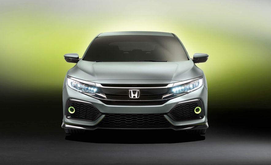 2017 Honda Civic Hatchback Prototype - Slide 29