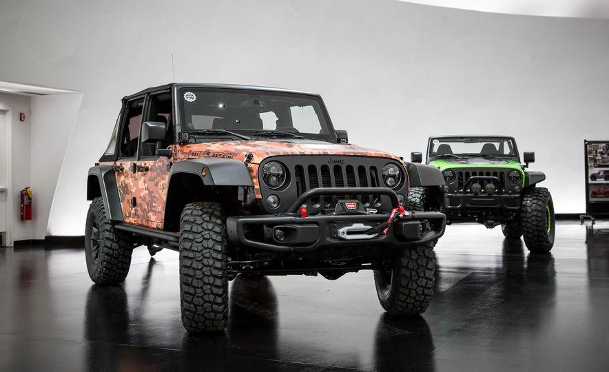 Jeep Wrangler Trailstorm concept - Slide 1