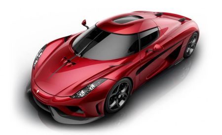 Koenigsegg Baits Bugatti Chiron with 1500-hp, Production-Spec Regera
