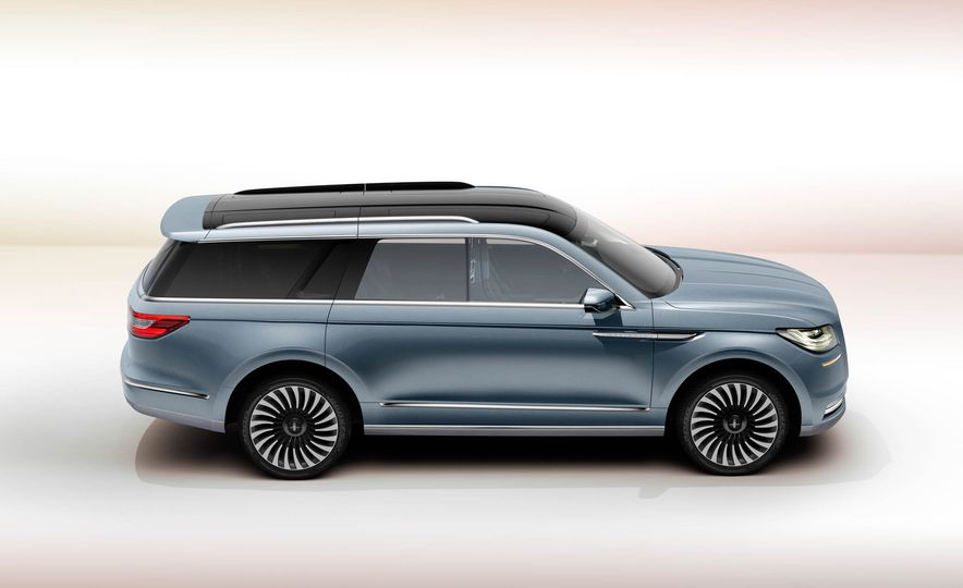 Lincoln Navigator concept - Slide 5