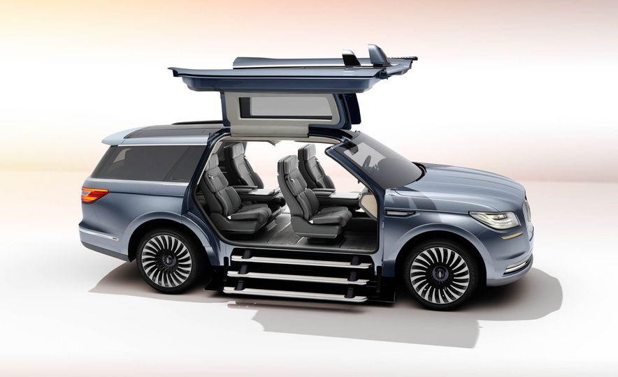 Lincoln Navigator concept - Slide 7