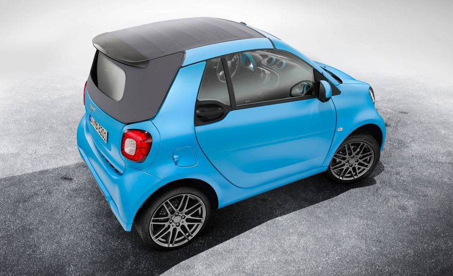 Smart Fortwo cabriolet Brabus edition - Slide 18
