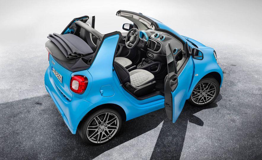 Smart Fortwo cabriolet Brabus edition - Slide 19