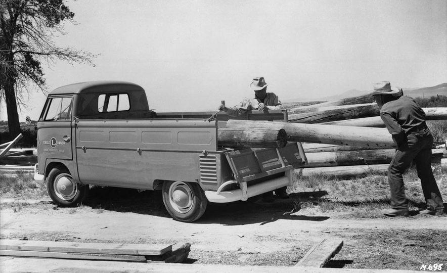 An Illustrated History of the Pickup Truck - Slide 4