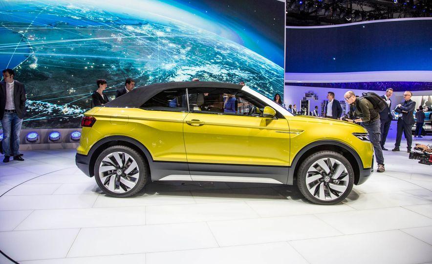Volkswagen T-Cross Breeze concept - Slide 4