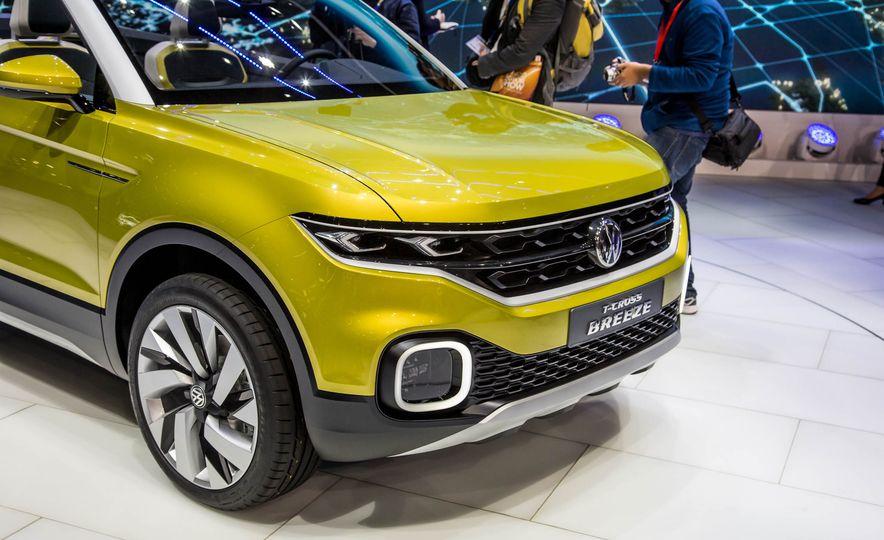 Volkswagen T-Cross Breeze concept - Slide 13