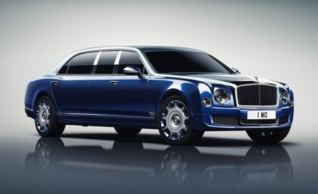 Bentley's Mulsanne Mulliner Limousine Is Long, Strong, Down to Get the Chauffeurin' On