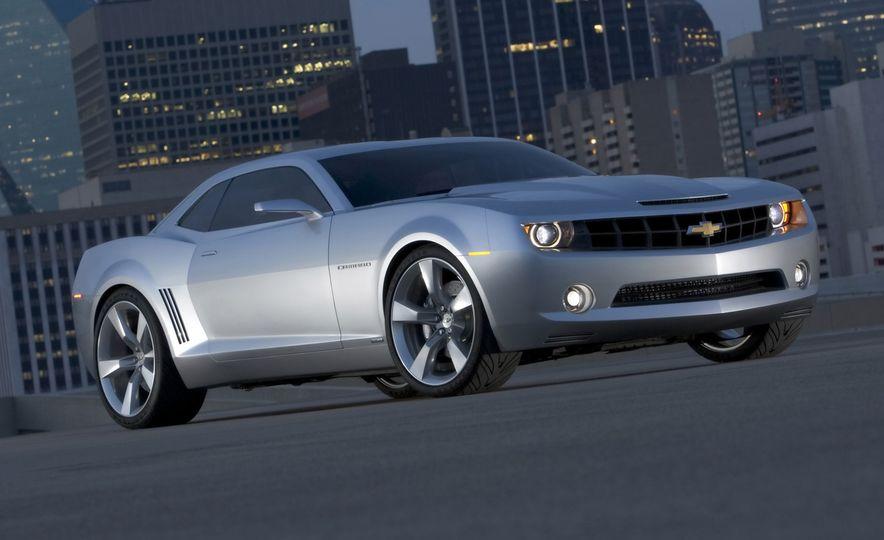 Our Favorites from General Motors VP of Design Ed Welburn's 44-Year Career - Slide 5