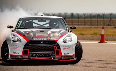 Watch a 1380-HP, RWD Nissan GT-R Drift at 189 MPH