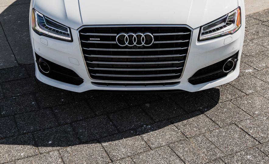 2016 Audi A8L - Slide 18