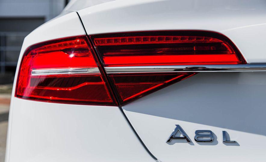 2016 Audi A8L - Slide 30