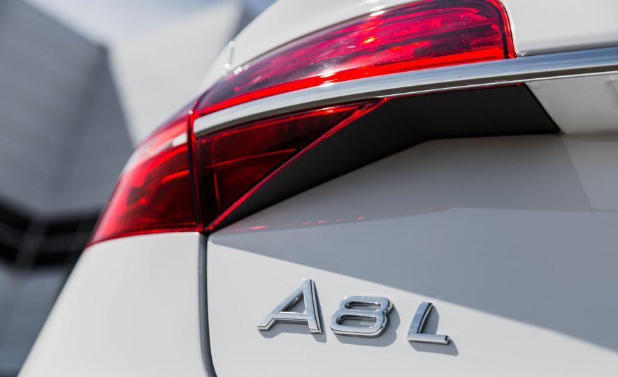 2016 Audi A8L - Slide 31