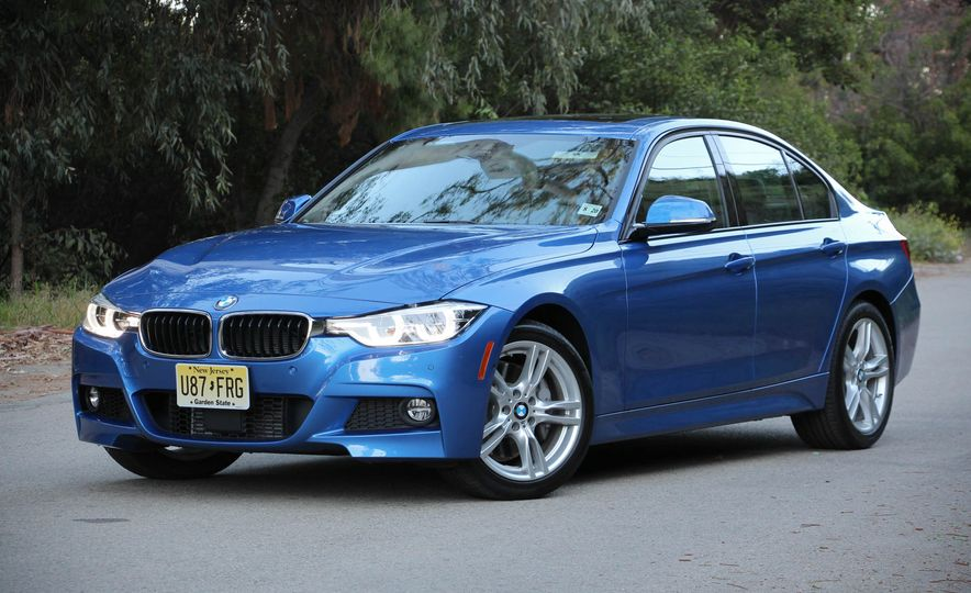 2016 BMW 328i xDrive - Slide 5