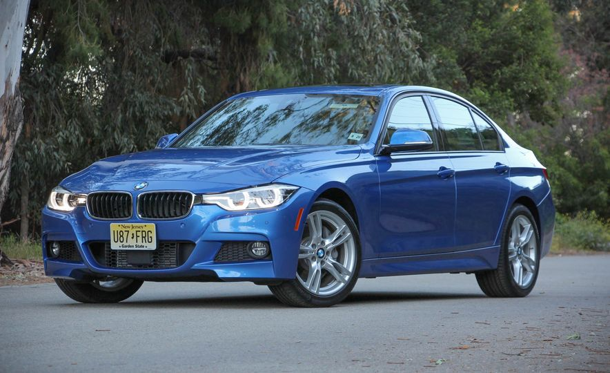 2016 BMW 328i xDrive - Slide 6