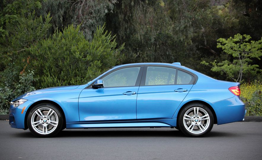 2016 BMW 328i xDrive - Slide 7