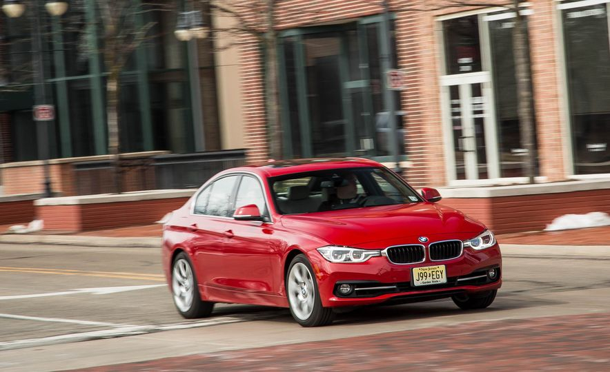 2016 BMW 340i xDrive - Slide 1