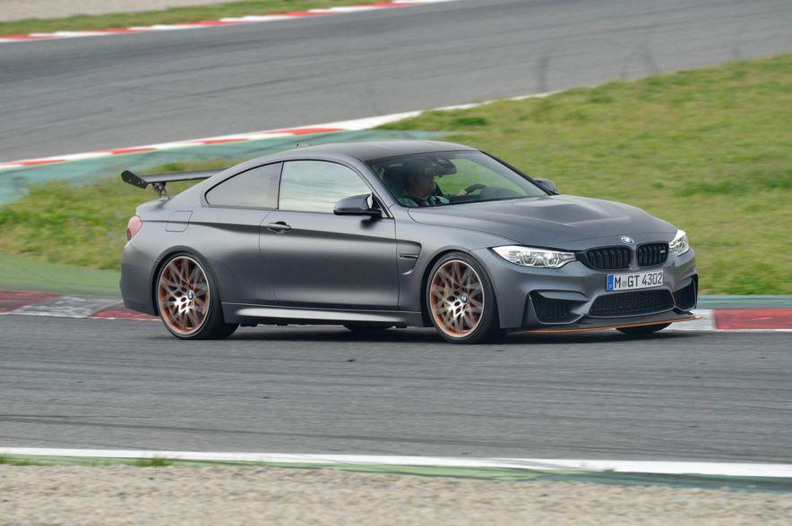 2016 BMW M4 GTS - Slide 10