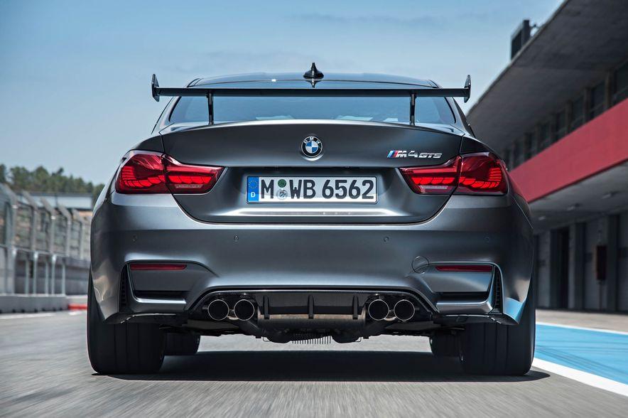 2016 BMW M4 GTS - Slide 16