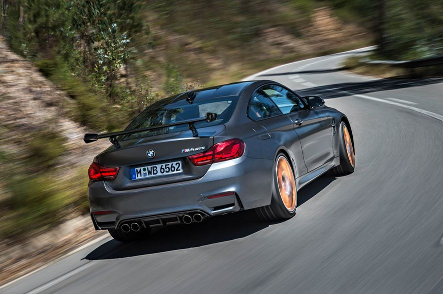 2016 BMW M4 GTS - Slide 24