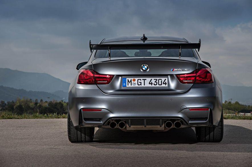 2016 BMW M4 GTS - Slide 31
