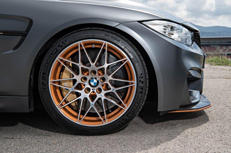 2016 BMW M4 GTS - Slide 48