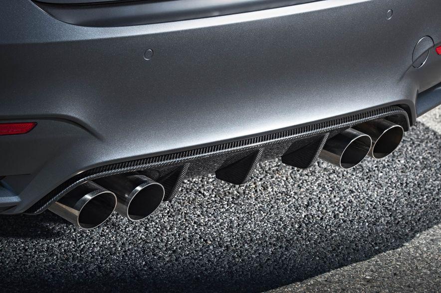 2016 BMW M4 GTS - Slide 59