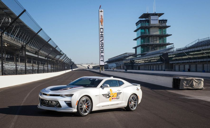 2016 Chevrolet Camaro SS Indy 500 Pace Car - Slide 1