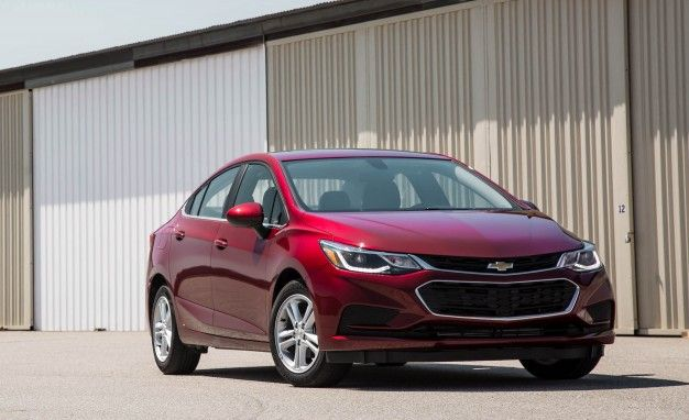 2016 Chevrolet Cruze Gets Up To 42 Mpg News Car And Driver