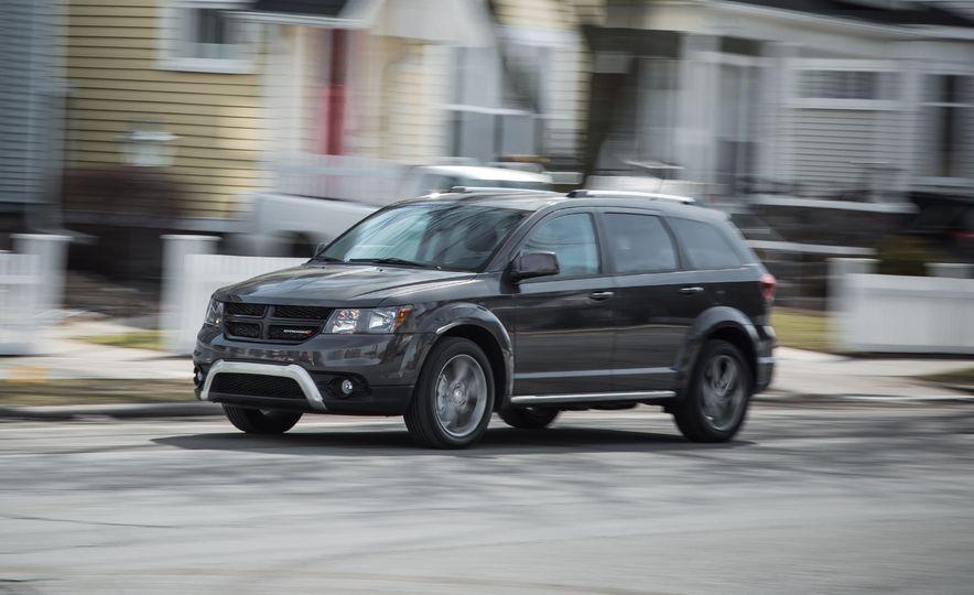 2016 Dodge Journey Crossroad Plus - Slide 1
