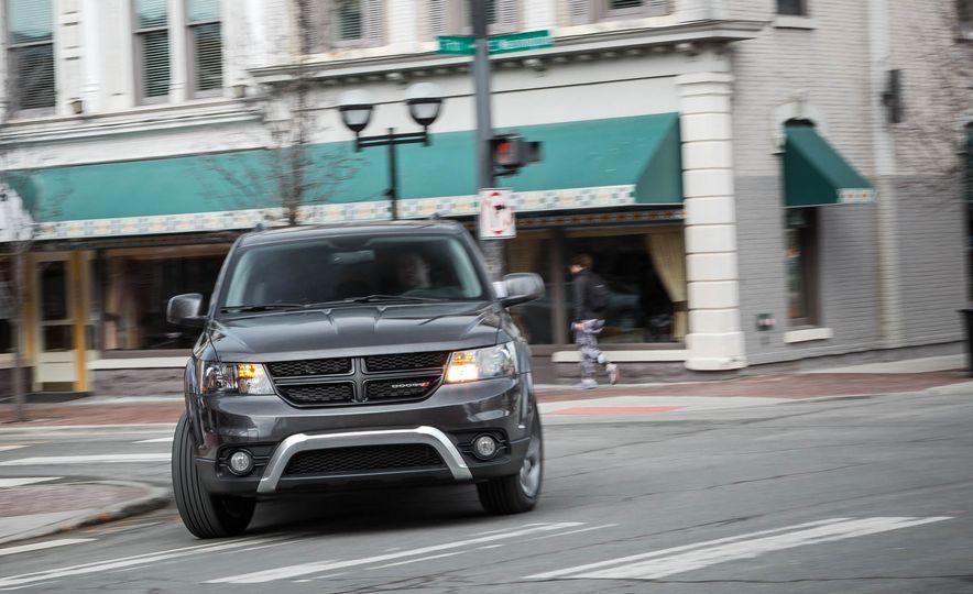 2016 Dodge Journey Crossroad Plus - Slide 6