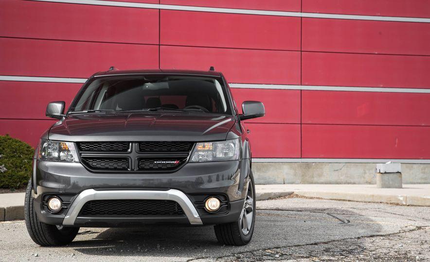 2016 Dodge Journey Crossroad Plus - Slide 8
