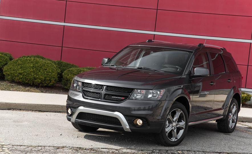 2016 Dodge Journey Crossroad Plus - Slide 10