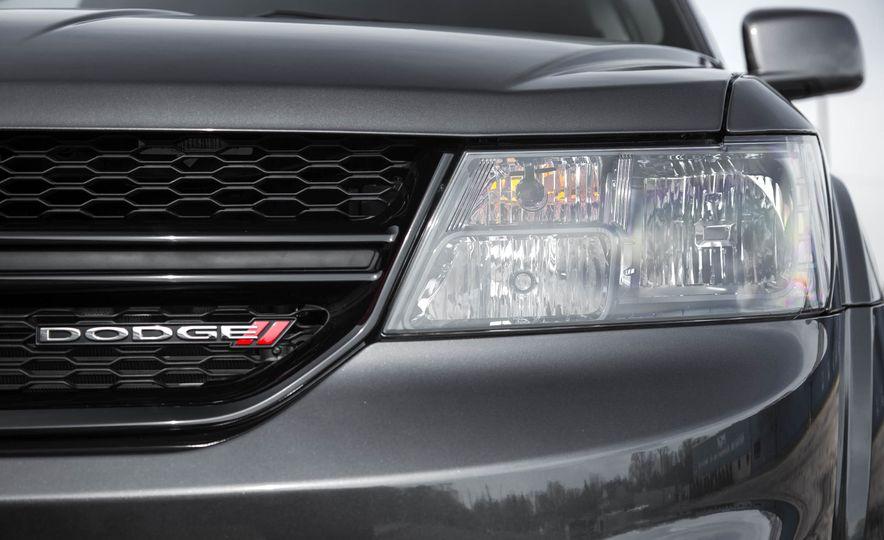 2016 Dodge Journey Crossroad Plus - Slide 15