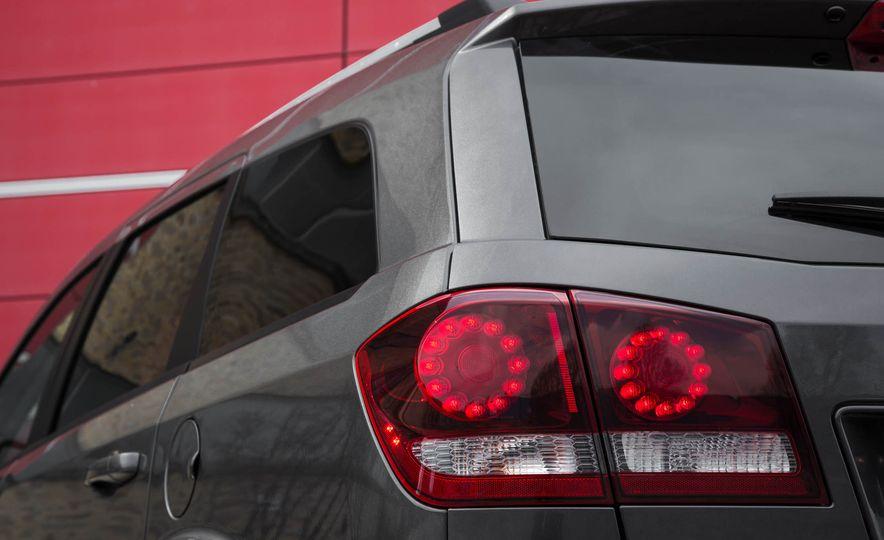 2016 Dodge Journey Crossroad Plus - Slide 19
