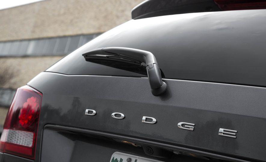 2016 Dodge Journey Crossroad Plus - Slide 21