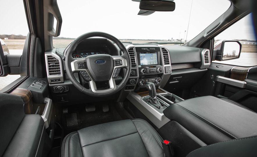 2016 Ford F-150 SuperCrew 4x4 - Slide 26