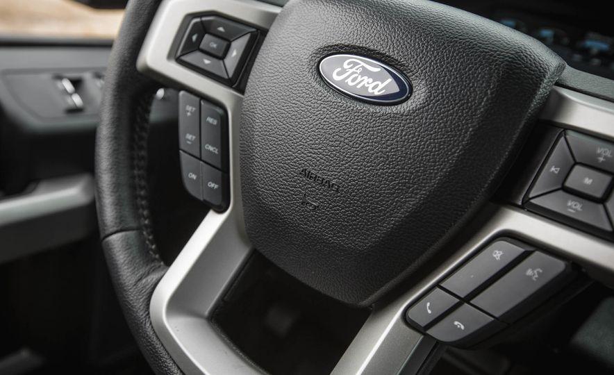 2016 Ford F-150 SuperCrew 4x4 - Slide 37