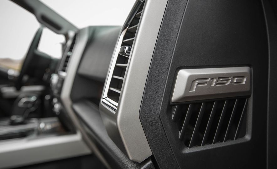 2016 Ford F-150 SuperCrew 4x4 - Slide 43