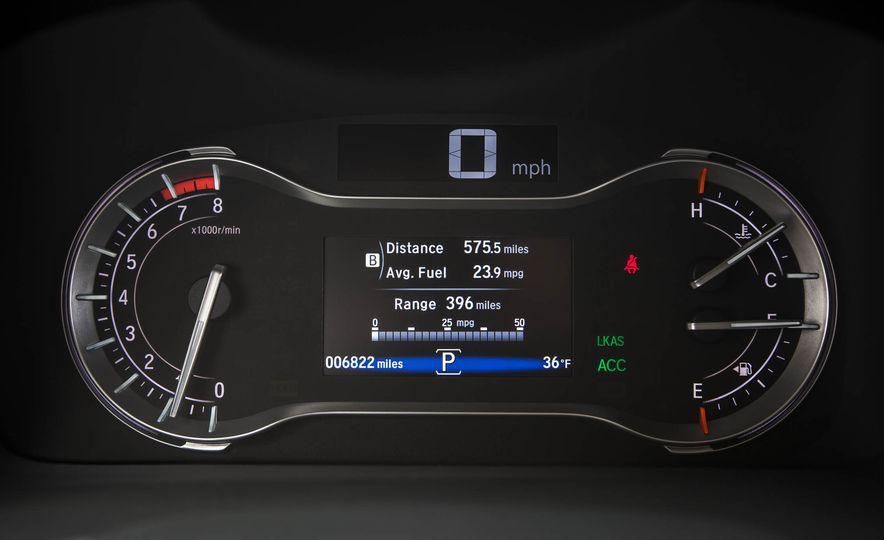 2016 Honda Pilot Elite AWD - Slide 102