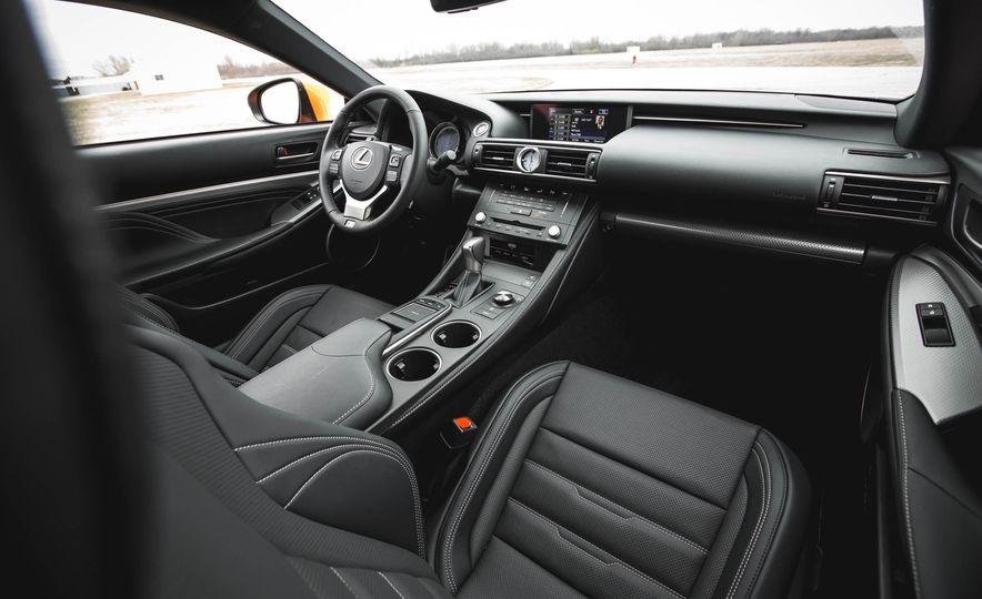 2016 Lexus RC200t F Sport - Slide 31