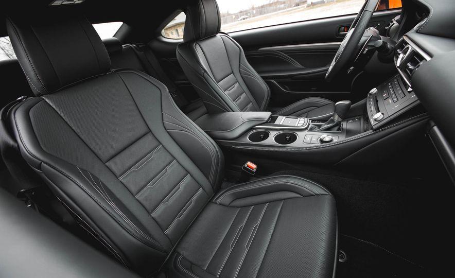 2016 Lexus RC200t F Sport - Slide 33