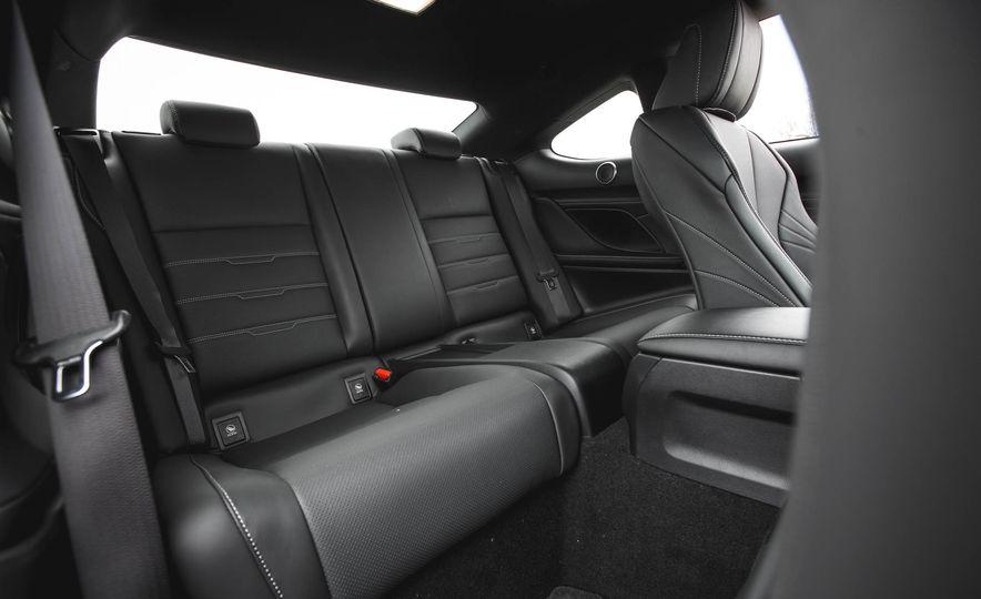 2016 Lexus RC200t F Sport - Slide 35