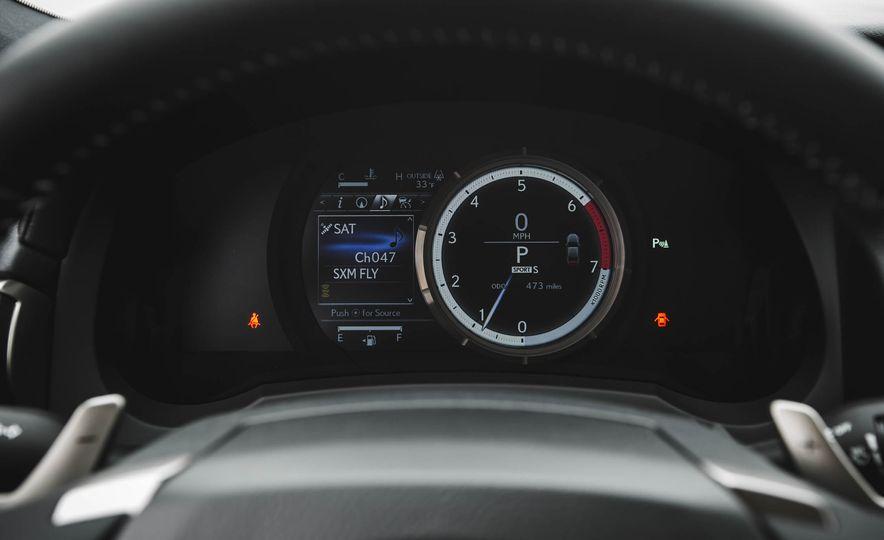 2016 Lexus RC200t F Sport - Slide 43