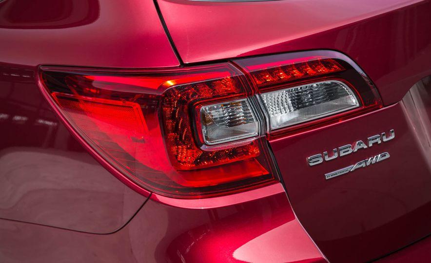 2016 Subaru Outback - Slide 21