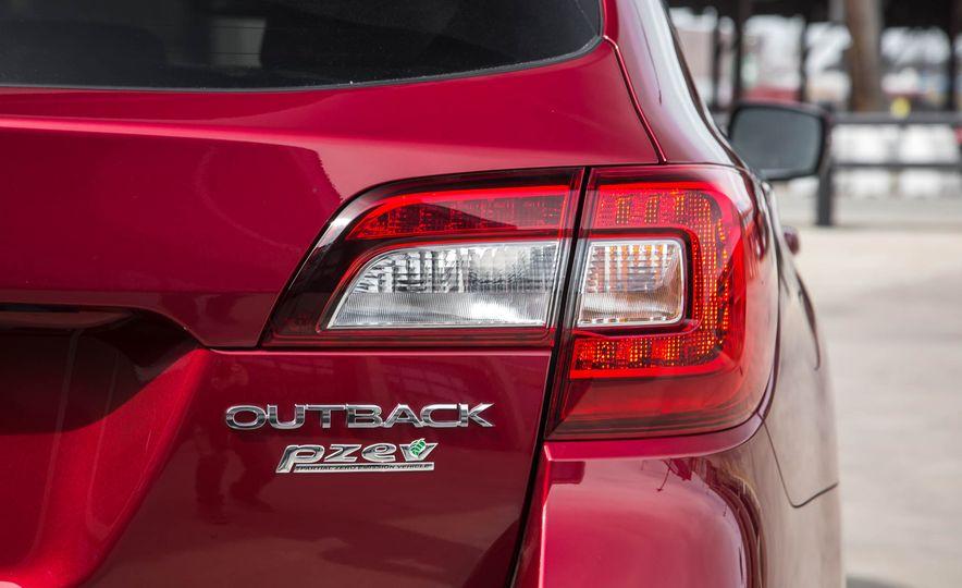 2016 Subaru Outback - Slide 23